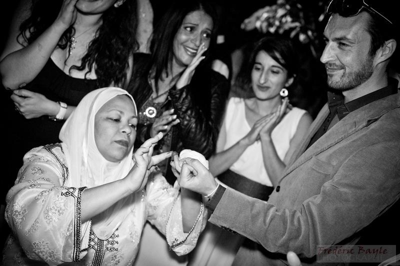 photographe reportage & cérémonie du henné pour mariage oriental 14