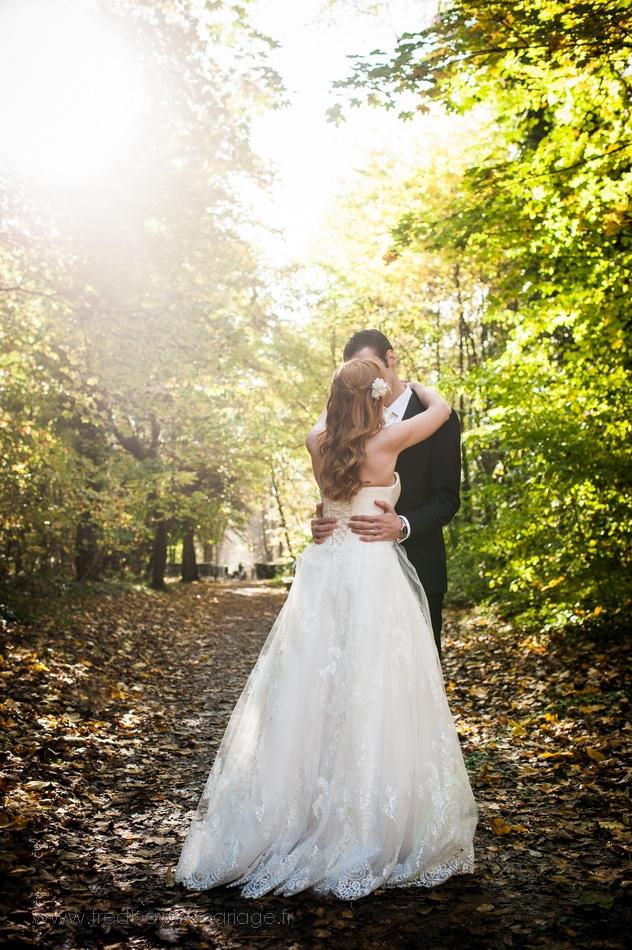 Photos de couple en forêt à sceaux