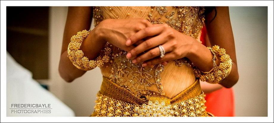 mariage aux Salons France-Amériques : préparatifs de la mariée.