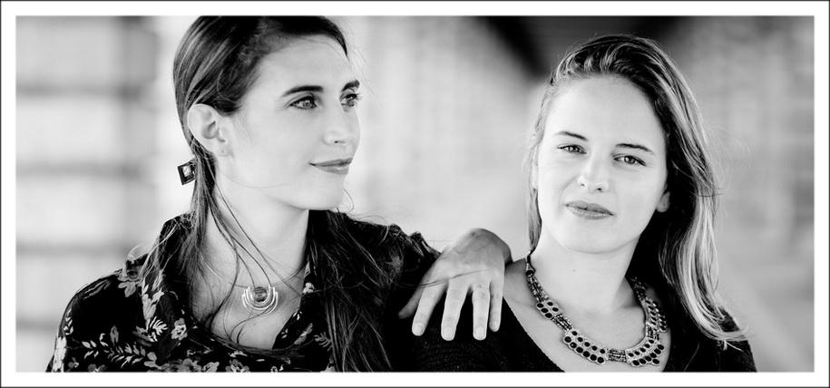 portraits d'arrtistes à Paris : portrait en duo de deux pianistes
